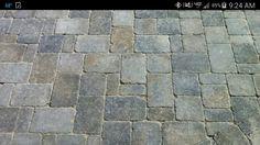 3 pc random pattern Belgard dublin cobble using fossil beige and grey