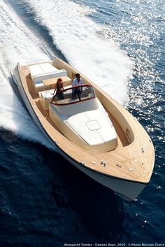 Alen 42 Living The Laptop Lifestyle and how to make good money online .Click the pin link to learn Yacht Design, Boat Design, Bateau Yacht, Wooden Speed Boats, Classic Wooden Boats, Boat Projects, Wooden Boat Plans, Cool Boats, Jet Ski