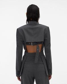 Fashion Details, Diy Fashion, Runway Fashion, Fashion Looks, Fashion Outfits, Womens Fashion, Fashion Design, Mode Streetwear, Blazer Fashion