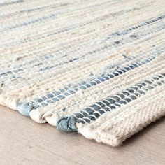 Discover thousands of images about Denim Rag Woven Rug Rug Loom, Denim Rug, Braided Rag Rugs, Fabric Rug, Scrap Fabric, Handmade Headbands, Handmade Rugs, Handmade Crafts, Rug Hooking