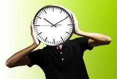 Ученые: Клетки сетчатки отвечают за биологические часы http://actualnews.org/exclusive/163509-uchenye-kletki-setchatki-otvechayut-za-biologicheskie-chasy.html  Исследователи из США обнаружили в сетчатке глаза новую группу клеток, которые могут сказываться на работе биологических часов. По словам специалистов, данный вид соединений посылает особые сигналы в мозг при взаимодействии со светом.