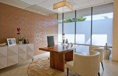 Plastic Surgery Office Design, Los Angeles designed by Pacific 33 Architects, Inc. Healthcare design, Cosmetic and Plastic Surgery, Reconstructive surgery clinic design. | #HealthcareDesign #InteriorDesign #PlasticSurgery
