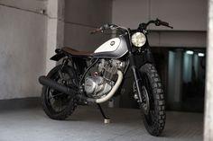 """Yamaha SR 250 """"Atómica"""""""