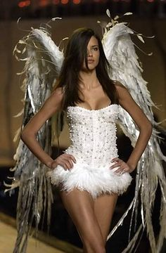 adrianna lima, victoria's secret angel