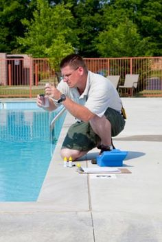 Pool Chemistry 101: Testing Swimming Pool Water