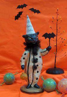 Batty Cat by Nicol Sayre at Fiddlesticks