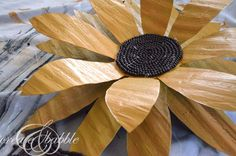 A fall metal flower for wall art... this is really cute!