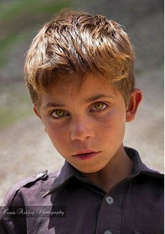 Beautiful People - Pakistan- one if the prettiest little boys I have ever seen!