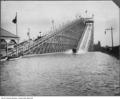 The Canadian National Exhibition (CNE) is quickly approaching with 18 days of impossible games, questionable rides and heart clogging food. Toronto Ontario Canada, Canadian History, History Photos, Vintage Photographs, North America, Old Things, City, Water, Classic