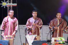 Los integrantes de Cuisillos en escenario