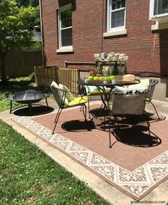 How To Easily Decorate A Rental Patio Plus A Great Idea For A Summer  Centerpiece Using