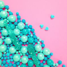 color | pink + turquoise candy, via @violettinder