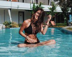 S A N D & B L U E #maritsa #maritsaco #beachwear #bikini #poolparty
