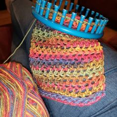 Easy and Amazing Loom Knitting Patterns for 2019 Easy and Amazing . Easy and Amazing Loom Knitting Patterns for 2019 Easy and Amazing Loom Knitting Patterns for 2019 - Croche. Round Loom Knitting, Loom Scarf, Loom Knitting Stitches, Loom Knit Hat, Loom Knitting Projects, Simple Knitting, Knitting Machine, Loom Knitting Blanket, Cross Stitches