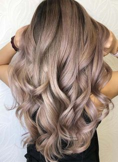 Wear these beautiful sandy blonde hair color ideas so that you never need to go back for blonde. Its gorgeous highlights always give unique looks to your personality. See here and choose one of the best brown hair coloring shade for you to sport in 2018.