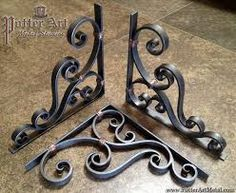 Potter Art Metal Studios: Wrought Iron Corbels More Más Wrought Iron Decor, Wrought Iron Gates, Rod Iron Decor, Flur Design, Steel Art, Iron Furniture, Iron Art, Iron Doors, Metal Fabrication