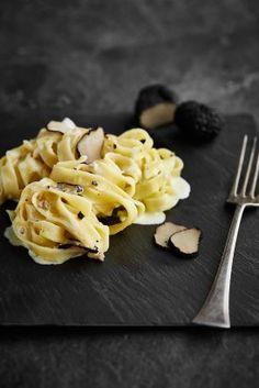 Rychlé recepty Zdeňka Pohlreicha   Panzani Macaroni And Cheese, Ethnic Recipes, Food, Tagliatelle, Mac And Cheese, Essen, Meals, Yemek, Eten