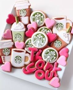 starbucks inspired decorated biscuits - For all your cake decorating supplies, please visit craftcompany.co.uk                                                                                                                                                                                 Más