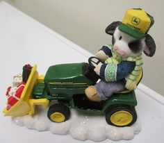 ENESCO MARY'S MOO MOOS John Deere The Holiday Spirit Is Here Style 86471 IN BOX  For sale in our Ebay store - click the photo to see the details  ADORABLE!  #cow #Christmas #winter #johndeere #tractor #Deere