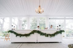 Every time I set sights onLowndes Grove Plantation, I get a cozy, warm feeling inside like I'm at home. Call it the Southern hospitality or just how darn gorgeous this venue is, but it's captivating for sure. And when you throw a team of talented vendors in the mix to crafta downright beautiful wedding day? […]