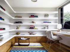 Home office shelving desig by Luigi Rosselli Architects and Alwill Interiors. Photo by Justin Alexander. House Design, Home Office Desks, Trendy Home, Home, Interior, Home Office Furniture, Home Office Design, Office Shelving, Office Design