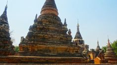 Temple près de #Mandalay