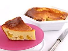 Clafoutis aux mirabelles Clafoutis Recipes, French Cake, French Food, French Toast, Plum Recipes, Cake Recipes, French Recipes, Moist Cakes, Pies