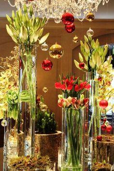 Festive florals at @Mandy Bryant Bryant Dewey Seasons Hotel Prague (Praha).