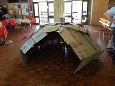 how to construct a DIY empty tomb using cardboard packing boxes - great for retelling the Easter resurrection story (thanks to Berowra Messy Church)
