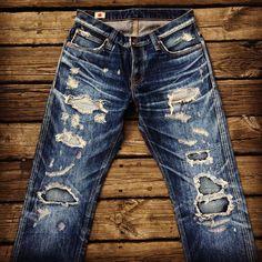 joyhomeboy: #selvadge #bigjohn #denim #selvedge #indigoblue #indigo #beautiful #bigjohndenim #jeans #crush