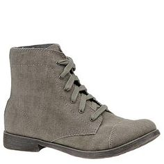 got these boots today on Ideeli, my first purchase from that site.  can't wait to wear them this fall.  any ideas?
