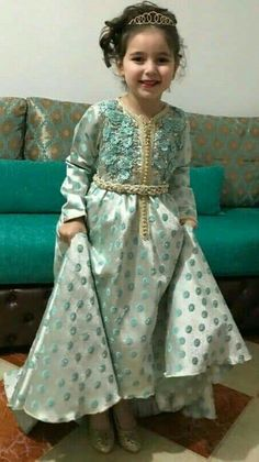 Arab Men Fashion, Kids Fashion, Dresses Kids Girl, Kids Outfits, Indian Dresses, Blue Dresses, Caftan Gallery, Dress Anak, Marine Uniform