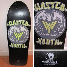 @skull_skates #wastedyouth #vintageskateboard #silkscreen #oldschoolskateboard @pdshotshop #sk8face #canadianmaple #punkrock