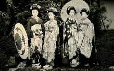 All sizes | Maiko Hatsuko and Friends 1920s | Flickr - Photo Sharing!