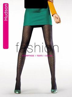 http://www.pantyhose-stockings-hosiery.com/hudson-fashion-modern-zigzag-tights.html