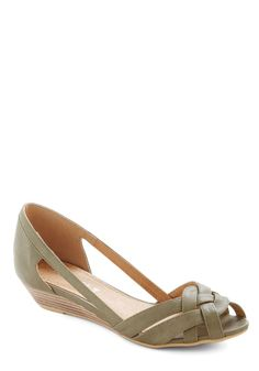 Gal About Town Wedge in Sage by Chelsea Crew - Green, Solid, Cutout, Woven, Wedge, Peep Toe, Low, Leather, Spring