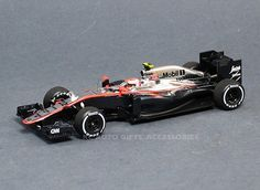 Jenson Button, McLaren Honda MP4-30, Chinese GP 2015, 1:43 from Spark, S4614