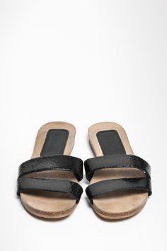 SLOPPY CRACKED › sandals › HUMANOID WEBSHOP