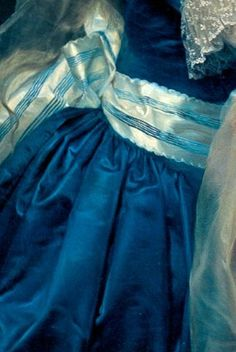 "Anton von Maron ""Portrait of Anna Pieri Brignole Sale [Detail]. Fashion History, Fashion Art, Classic Paintings, Art Paintings, Great Works Of Art, Detail Art, Pretty Art, Fabric Painting, Traditional Art"