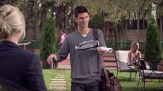 Roland Garros . Locutor David. Spot de television