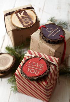 Trendy wood chips make great gift tags! How-to: http://www.midwestliving.com/holidays/christmas/easy-christmas-gift-wrap-ideas/?page=4