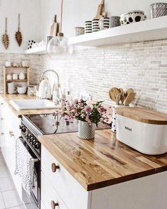 Modern Farmhouse Kitchens, Farmhouse Kitchen Decor, Kitchen Interior, Cool Kitchens, Diy Interior, Interior Design, Kitchen Shelves, Kitchen Cabinets, Kitchen Sofa