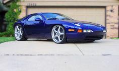Porsche 928 -