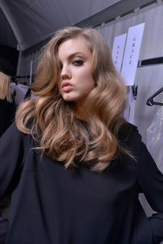 ash blonde wavy hair