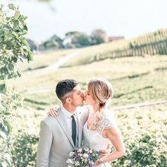 𝐶𝑖𝑣𝑖𝑙 𝑤𝑒𝑑𝑑𝑖𝑛𝑔 . 🇫🇷 (🇬🇧 below) . Une première étape est déjà franchie. Je suis mariée à l'homme de ma vie légalement ⚖️💝 . C'était une journée incroyable et je ne peux que me%2 Couple Photos, Couples, Wedding Dresses, Beginning Sounds, Bridal Dresses, Alon Livne Wedding Dresses, Weeding Dresses, Couple Photography, Couple
