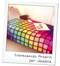 Copertine ad Uncinetto: una coperta arcobaleno