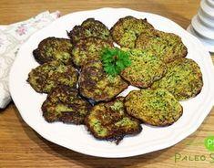 """Recept na cukeťáky čili cuketové """"bramboráky"""" můžete využít pro přípravu přílohy např. k oblíbené masové směsi, či k omáčkám a pečenému masu. Lchf, Sprouts, Cauliflower, Low Carb, Herbs, Vegetables, Cooking, Recipes, Food"""