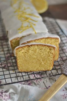 Pan Dulce, Sweet Pastries, Dessert Recipes, Desserts, Sin Gluten, Pound Cake, Coffee Cake, Vanilla Cake, Food And Drink