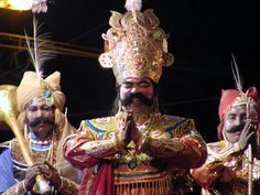 Bargarh: The daylong race the selection of the new Demon King Kansa for the famous Dhanu Jatra finally came to an end today with Bhubaneswar Pradhan grabbing Demon King, News Today, India, Culture, Dance, Actors, Theater, Entertainment, Dancing