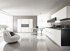 Nice tall units with grey surroud - Pedini London, Magika, Pedini, London, Kitchen, Showroom